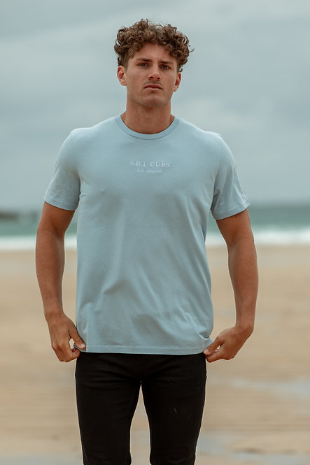 Roman Est T-Shirt - Light Blue // White