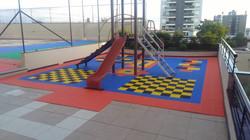 Piso Nacional Playground