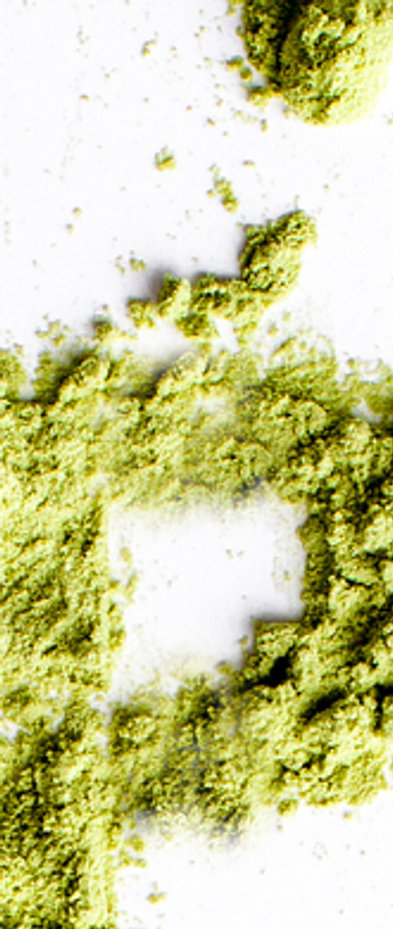 Word superfood piled of green powder of