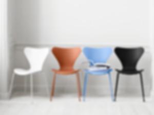 Fritz-Hansen-Series-7-Chair-Monochrome-L