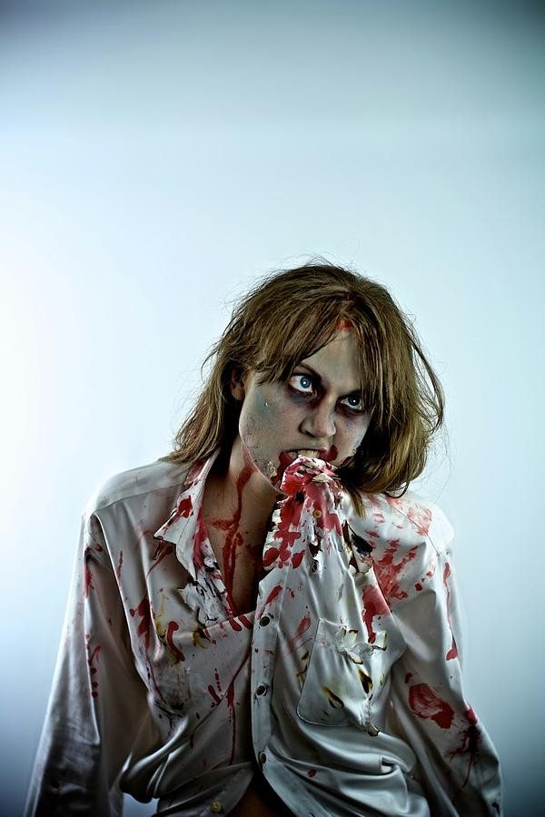 woman-in-zombie-make-up-during-halloween