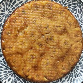 הפוך גוטה הפוך - עוגה הפוכה עם בננות מקורמלות