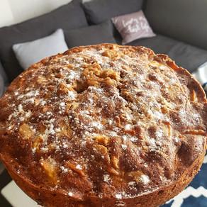 עוגת ורו תפוחים ופינאט באטר