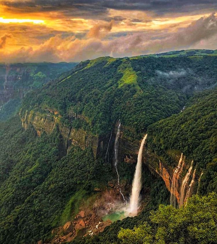 Shillong Travel Guide | Honeymoon destinations in India