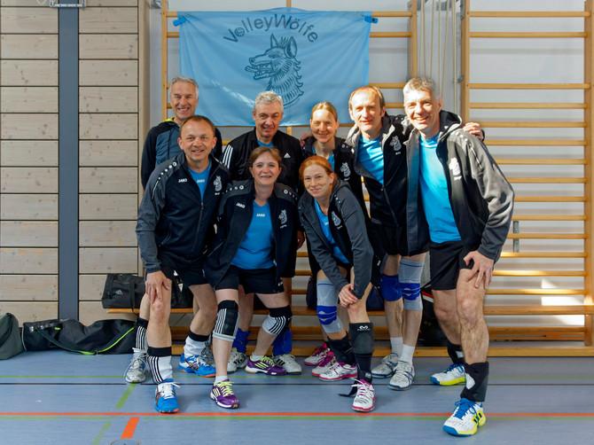 FRÜHJAHRSTURNIER - VolleyWölfe in Indersdorf gut platziert!