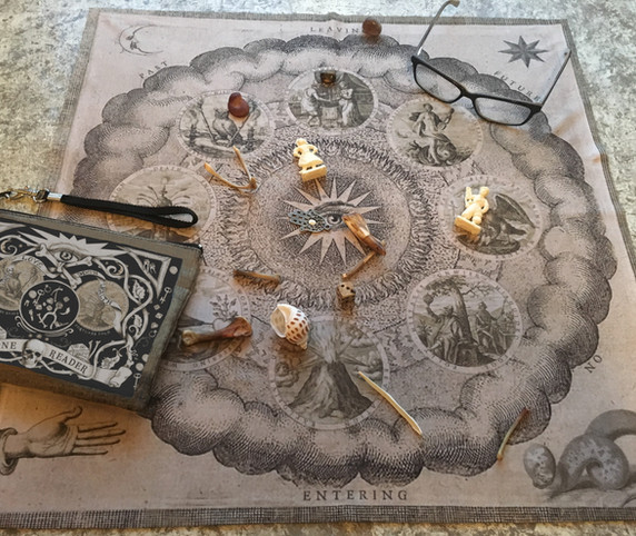 MY POUCH AND CLOTH 2 TAROT BY SEVEN.jpg