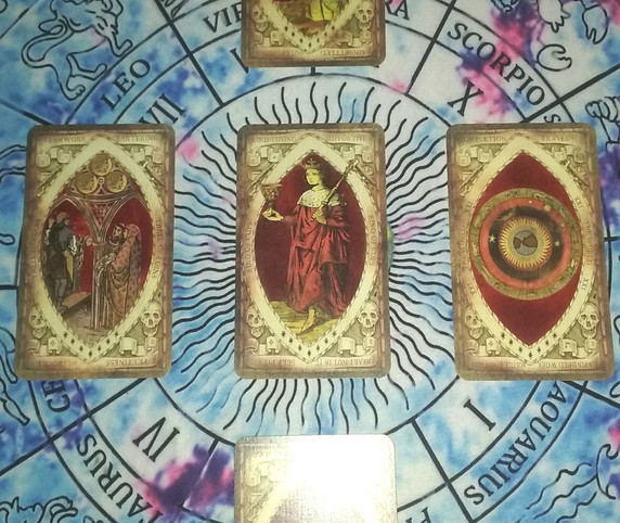 Red Deck, Deck of the Bastard, Tarot by