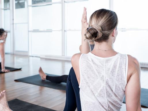 La posture du sage Marichi | Torsion vertébrale | Centre Yoga Santé