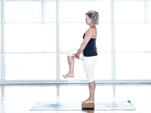 Quatre postures pour améliorer l'équilibre | Centre Yoga Santé