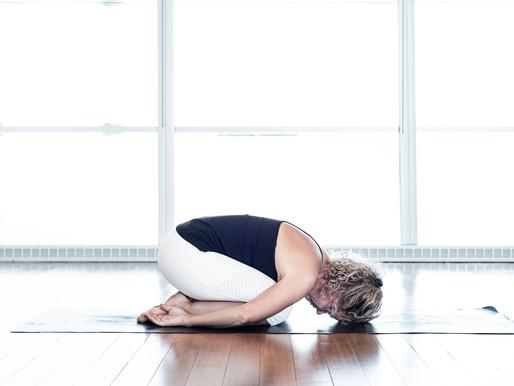 Cinq postures de Yoga pour étirer et détendre le bas du dos | Centre Yoga santé