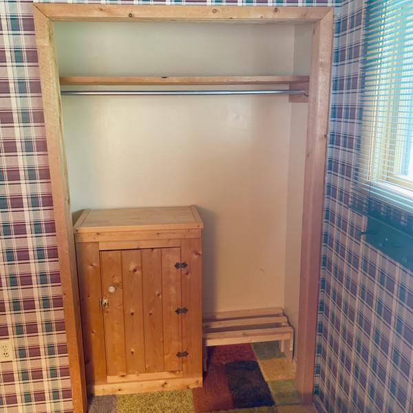 Guest bedroom #1 closet