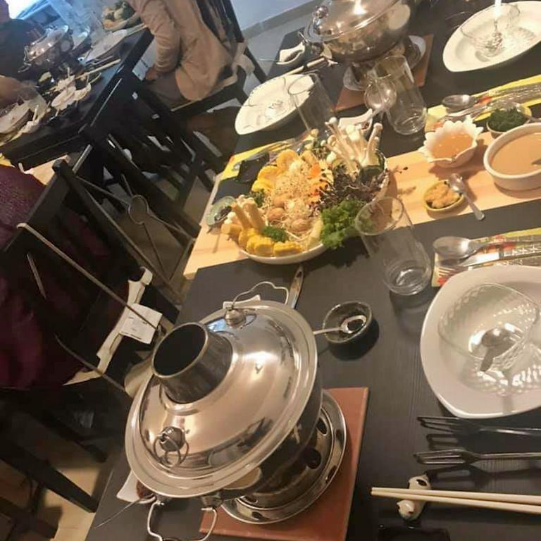 Hot Pot Old Beijing - הקדירה הבוערת