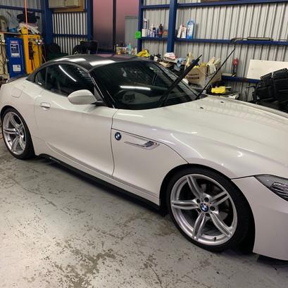 BMW E89 Z4 20i BCレーシング車高調 取付 LCI純正サイドマーカー 仕様変更