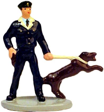 #1370 Cop w/ Attack Dog