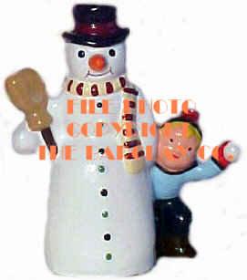 #4135 - Boy Hiding Behind Snowman