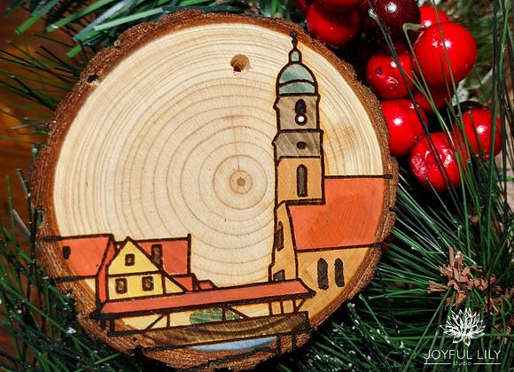 Amberg Ornament