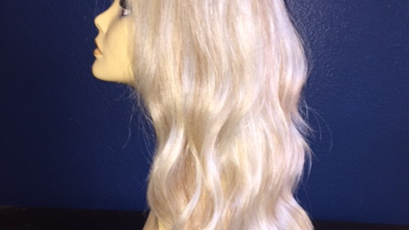 Bright Blonde with Caramel