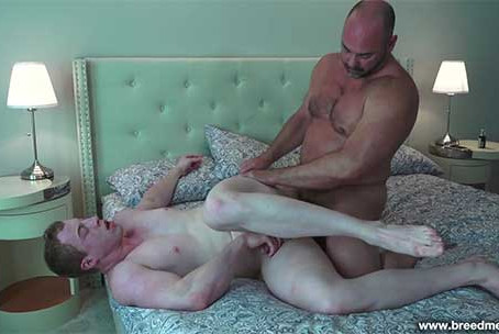 BreedMeRaw – Tyler Reed and Riley Ward