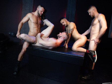 Raging Stallion - Cock Hunter - Logan Stevens, Brian Bonds, Wade Wolfgar & Dev Tyler