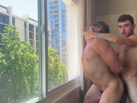 NextDoorHomeMade – Hotel Kink – Daniel Greene & Zeno Rey