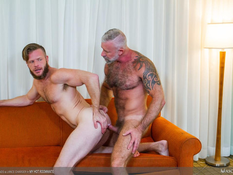 Masqulin - My Hot Roommate - Brian Bonds & Lance Charger