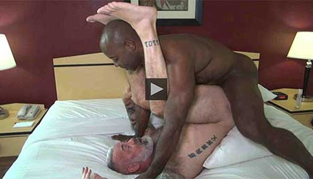 Hot Older Male - Fur and Muscle Meet With Daryl and Aaron – Aaron Trainer & Daryl Richter