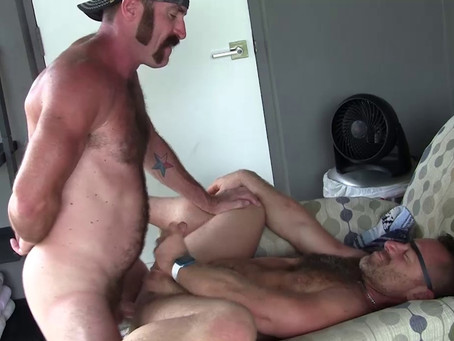 Hot Older Male - Zach Maxwell & Jacob Woods