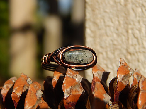 Green Tourmalinated Quartz Ring in Copper