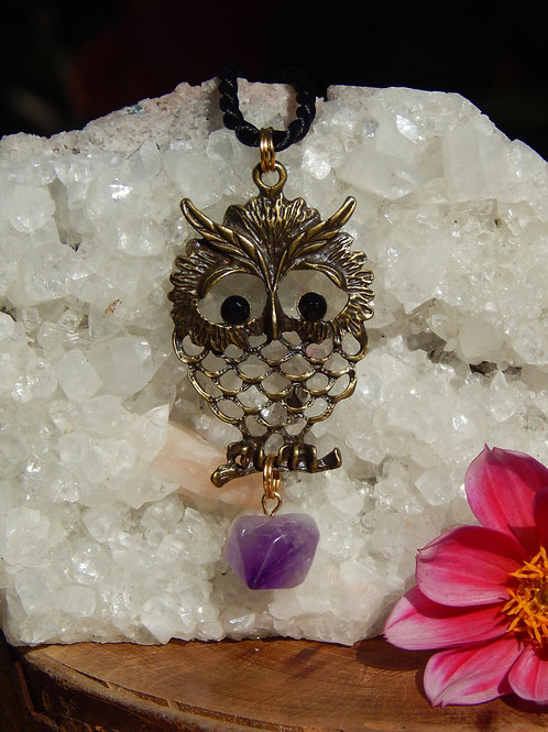 Wise Owl with Amethyst Chunk in Antique Bronze