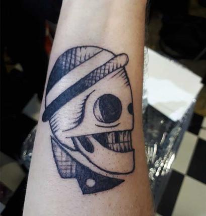 alan-tattoo-talons-aiguilles-tattoo-pier