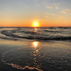 """Sunrise Swirl"""