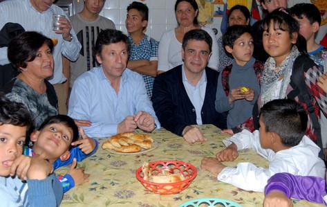 """Jorge Macri visitó el merendero """"Avancemos Juntos"""" de San Isidro"""