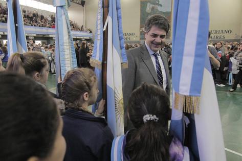 Más de 1900 alumnos de Vicente López prometieron lealtad a la bandera