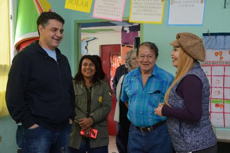 """Jorge Macri visitó la cooperativa La Juanita junto a """"Toty"""" Flores"""