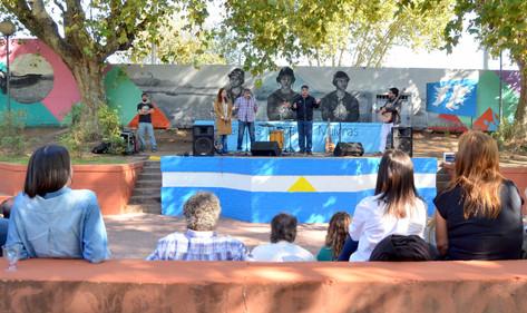 Jorge Macri presentó el mural en homenaje a los ex combatientes de Malvinas, en la estación Padilla