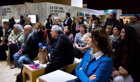 Vicente López presentó su Red de Bibliotecas en la Feria Internacional del Libro