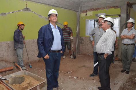 Jorge Macri supervisó obras en un jardín maternal de Carapachay