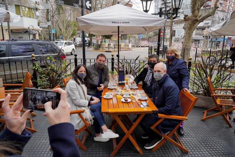 Jorge Macri, Horacio Rodriguez Larreta y Diego Santilli dialogaron con comerciantes Vicente López