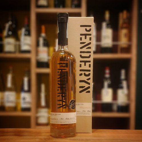 "Single Malt Welsh Whisky ""Angialis Sweet Wine Cask"" 700ml / Penderyn(Argiolas)  シングル モルト ウェルシュ ウィスキー ""アンジャリス スウィート ワイン カスク"""