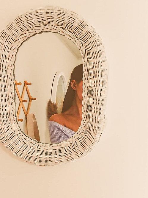 Miroir ovale en osier