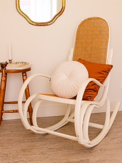 Chaise berçante en osier solide