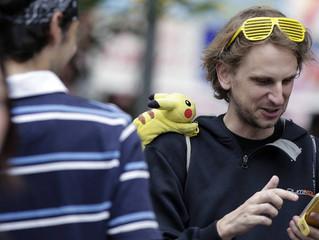 """Jovens ganham US$ 20 por hora para jogar """"Pokémon Go"""""""