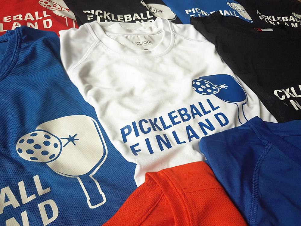 Pickleball Finland -paitoja