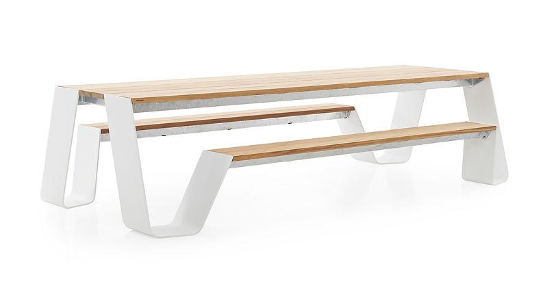 Hopper-picnic-1.jpg