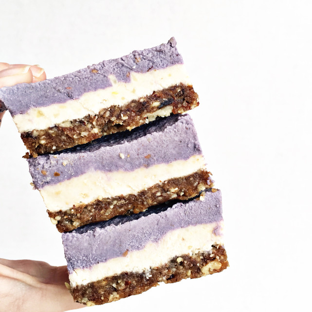 "Blackberry Lemon Cashew ""Cheesecake"" Bars"