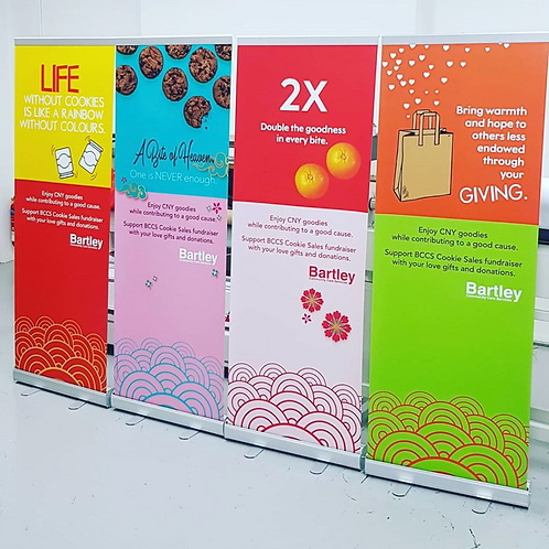 Retractable Roll Up Standee