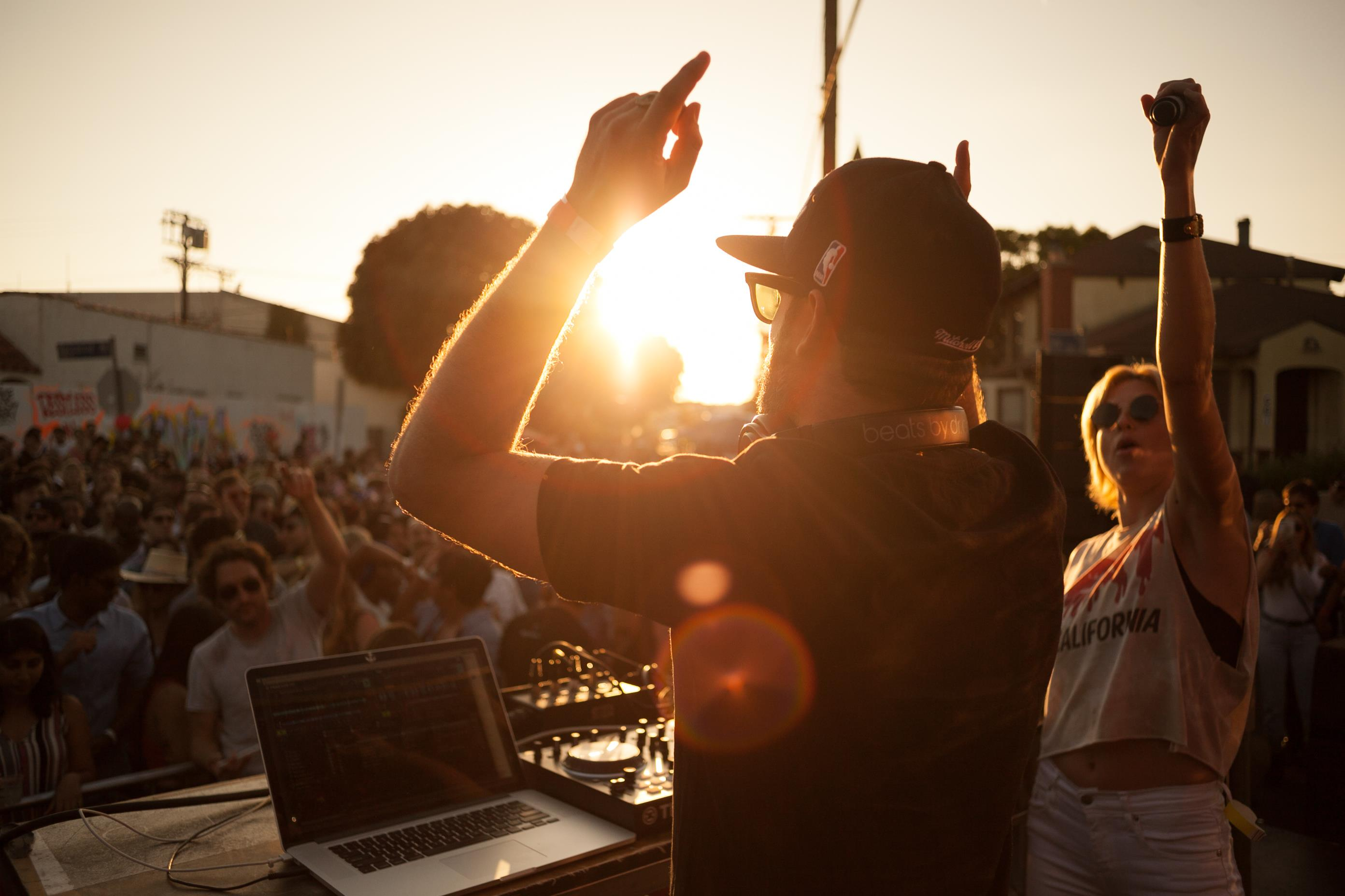 Venice Block Party ft. Phantogram (DJ set)