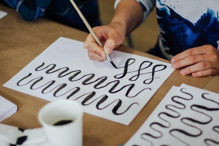 каллиграфия в Креативном Доме ОТ УМА