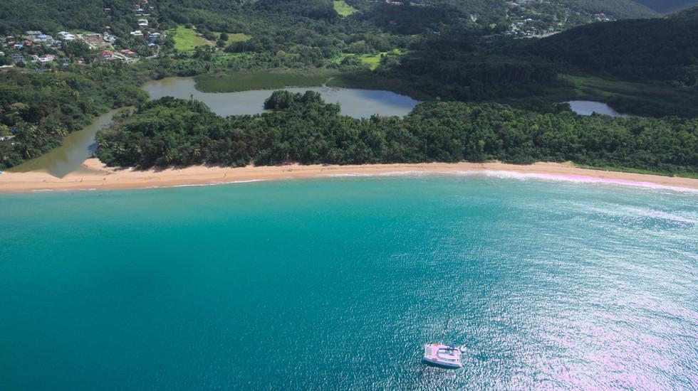 Grande cove, drone, Guadeloupe cruise
