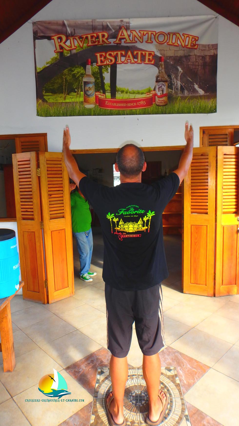 Distillerie River Antoine, rhum Grenade, Croisiere Grenadines, rhum Grenade